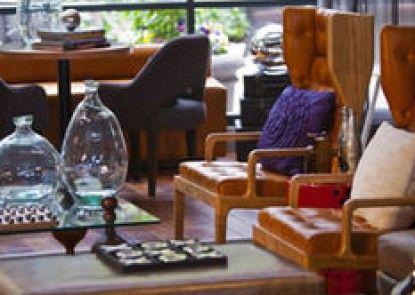 The Baronette Renaissance Detroit-Novi Hotel