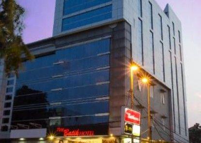 The Batik Hotel Medan Eksterior