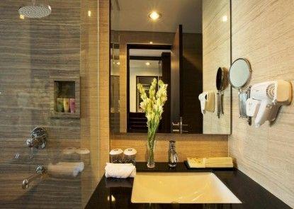 The Bellevue Suites Rumah Makan