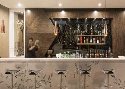 The Bellevue Suites Bar