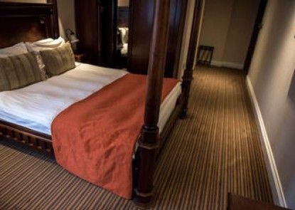 The Casa Hotel