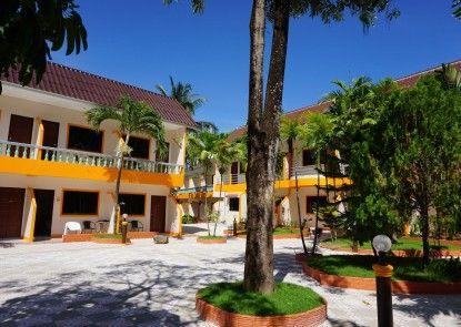 The Coconut Nanai Resort