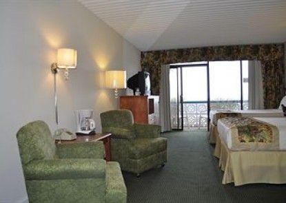 The Diplomat Family Motel
