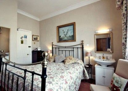 The Farthings Guest House
