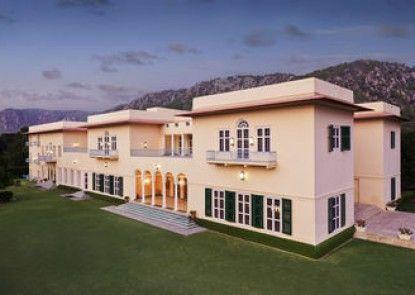 The Gateway Hotel Ramgarh Lodge Jaipur