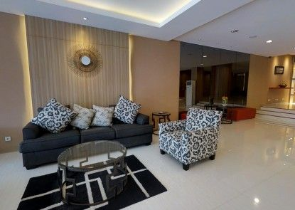 The Gloria Suites Jakarta - Serviced Apartment Grogol Lobby
