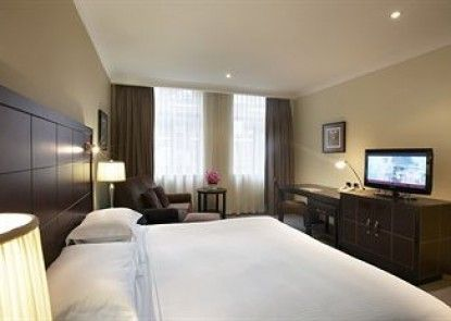 The Grace Hotel Teras