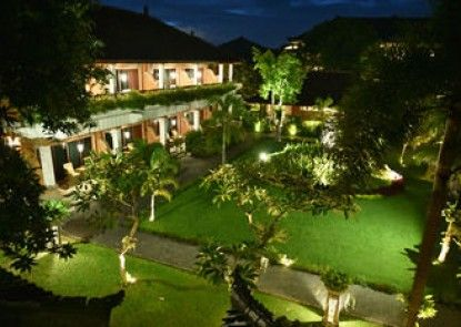 The Cakra Hotel Teras