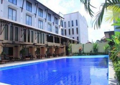 Hotel Grand Santhi