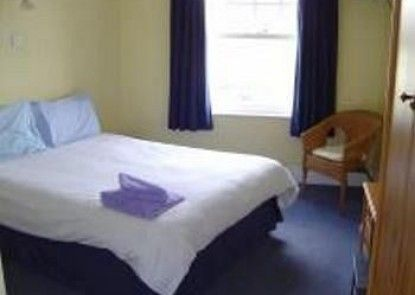 The Hillsborough - Inn