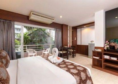 The Holiday Resort Pattaya