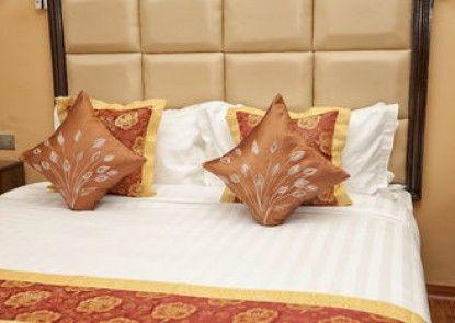The Hotel Emperor Inle