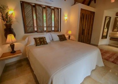 The Inn at Manzanillo Bay
