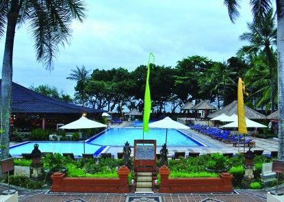 The Jayakarta Bali Beach Resort & Spa Kolam Renang Utama