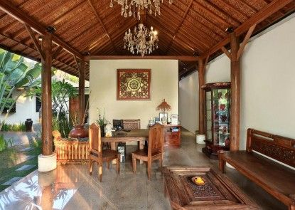 The Kampung Ubud Villas managed by Ozz Group Lobby