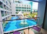 Pesan Kamar Kamar Deluks, Pemandangan Kolam Renang di The Kee Resort & Spa