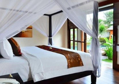 The Khayangan Dreams Villa Umalas Teras