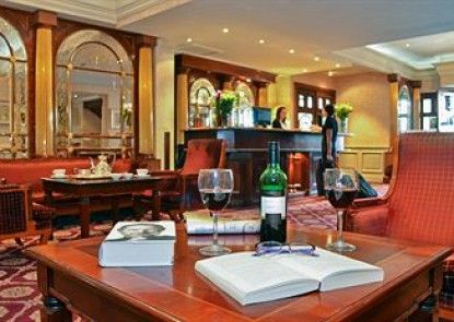 The Longford Arms Hotel