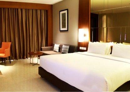 The Luxton Cirebon Hotel & Convention Teras
