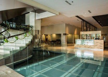 The Luxton Cirebon Hotel & Convention Lobby
