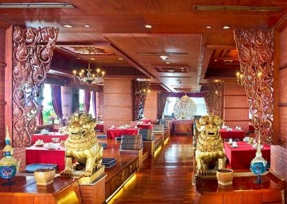 The Media Hotel & Towers Rumah Makan ala Thailand