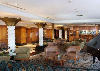 The Media Hotel & Towers Lounge