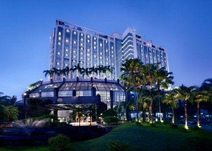 The Media Hotel & Towers Eksterior