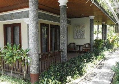 The Oxalis Regency Hotel Teras