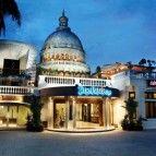 https://cdn01.tiket.photos/img/business/t/h/business-thepalaisdagohotel-hotel-bandung9907.sq3.jpg