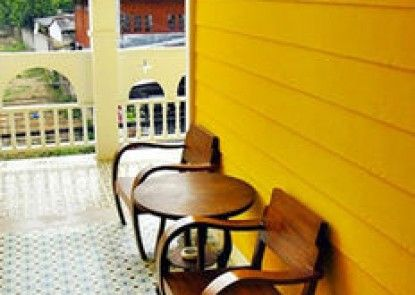 The Paper Guesthouse Chiangmai