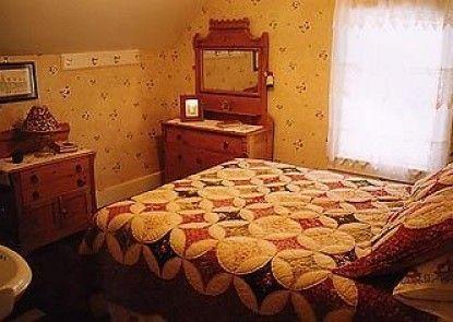 The Rendezvous Bed & Breakfast