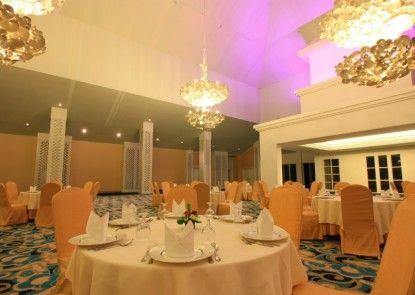 The Rich Prada Bali Rumah Makan