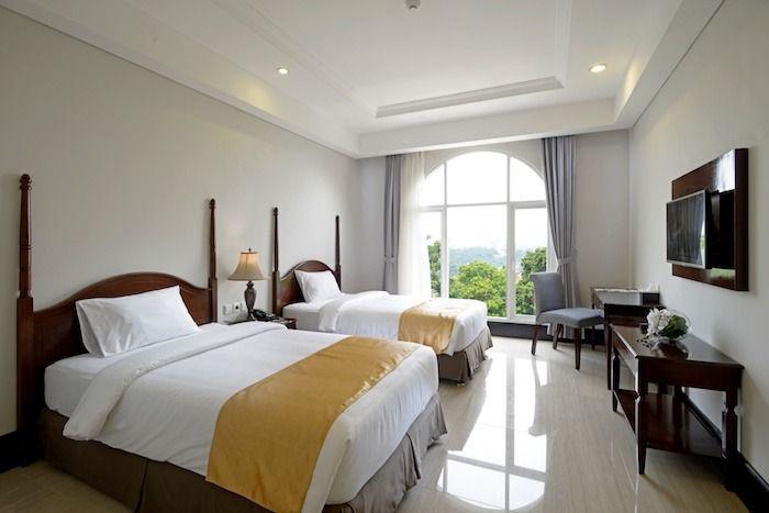 The Sahira Hotel (Syariah Hotel)