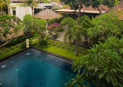 Equity Jimbaran Resort and Villa Kolam Renang