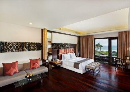 The Seminyak Beach Resort and Spa Ruangan Suite