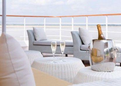 The Strand Cruise