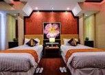 Pesan Kamar Suite Standar di The Ttanz Hotel