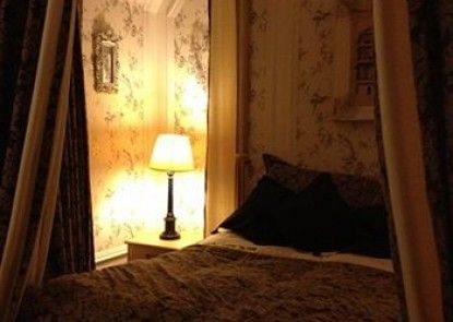 The Victoria House Bed & Breakfast