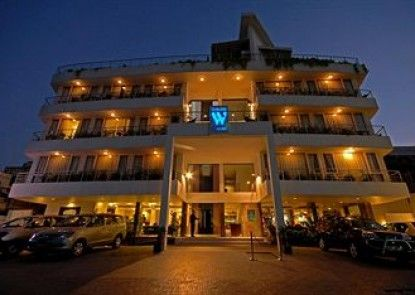 The Wallstreet A Busines Hotel