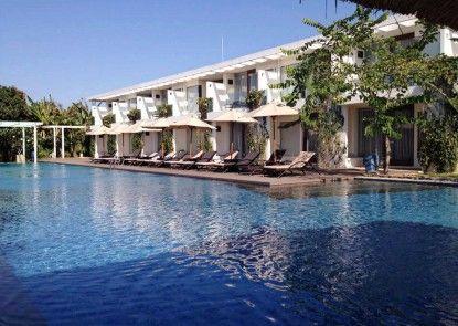 The Wangsa Hotel and Villas Kolam Renang
