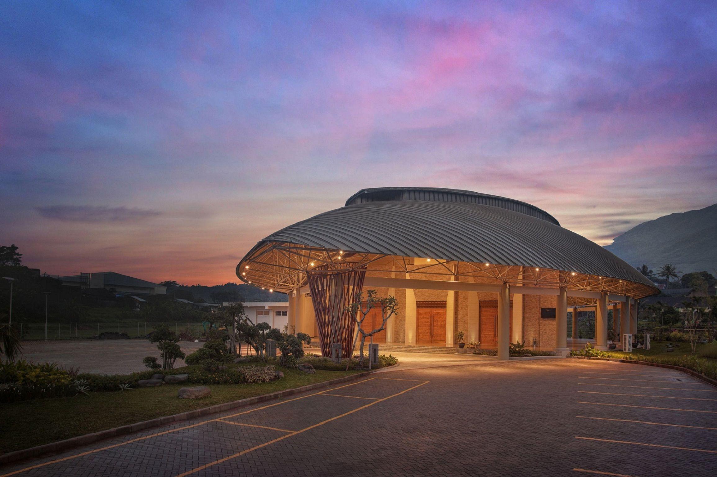 The Wujil Resort and Conventions Semarang