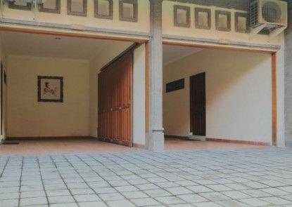 The Yuma Bali Hotel Sanur Tempat Parkir