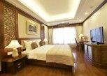 Pesan Kamar Suite Eksekutif di Thien Thai Hotel