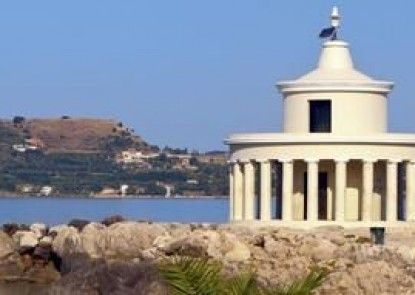 Thomatos Beach Apartments Fanari