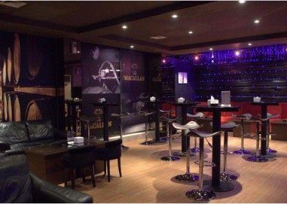 T Hotel Jakarta Bar