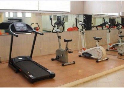 T Hotel Jakarta Ruangan Fitness