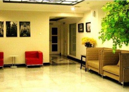 T Hotel Jakarta Lobby