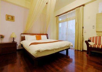 Tianwaitian Bed and Breakfast