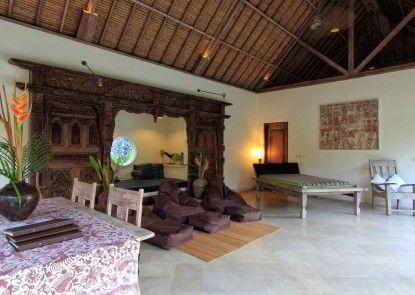 Tirta Naga Villa