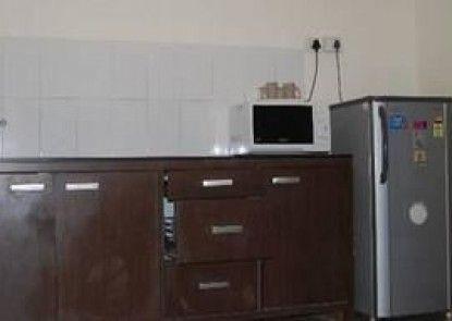 Tisha Apartment Hotel